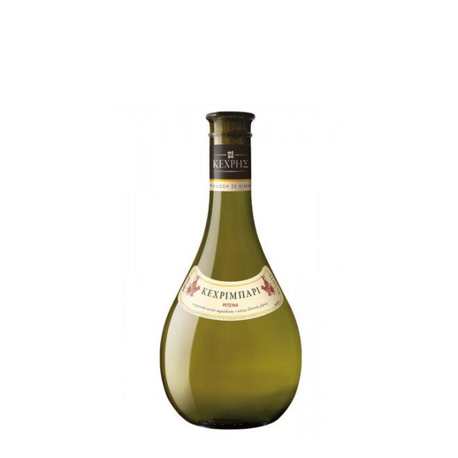 Een prachtige fles Kechribari retsina in de karakteristieke vorm met bol lichaam