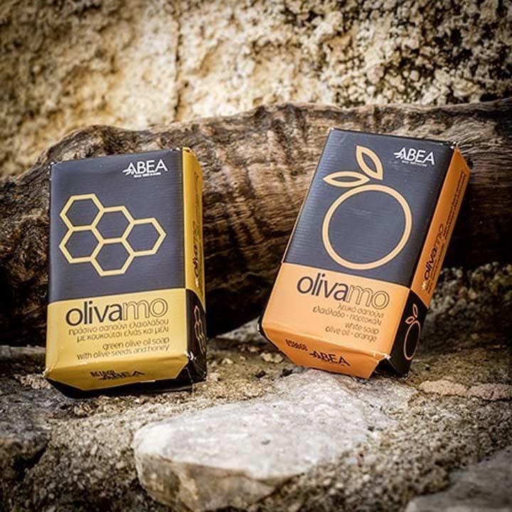 Olijfzeep met honing en scrub en witte olijfzeep met sinaasappel