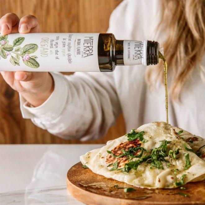 MiTerra Griekse olijfolie verrijkt met Griekse oregano